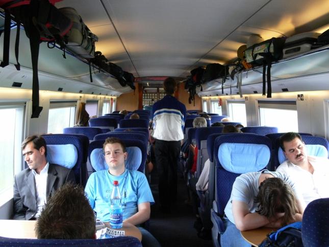 アムステルダム行きICE2等車内01 (1280x960)